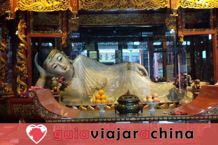 Esta es la visita del templo del Buda de Jade. 2
