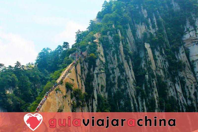 Monte Huashan - Desafía la ruta de senderismo más peligrosa del mundo 7