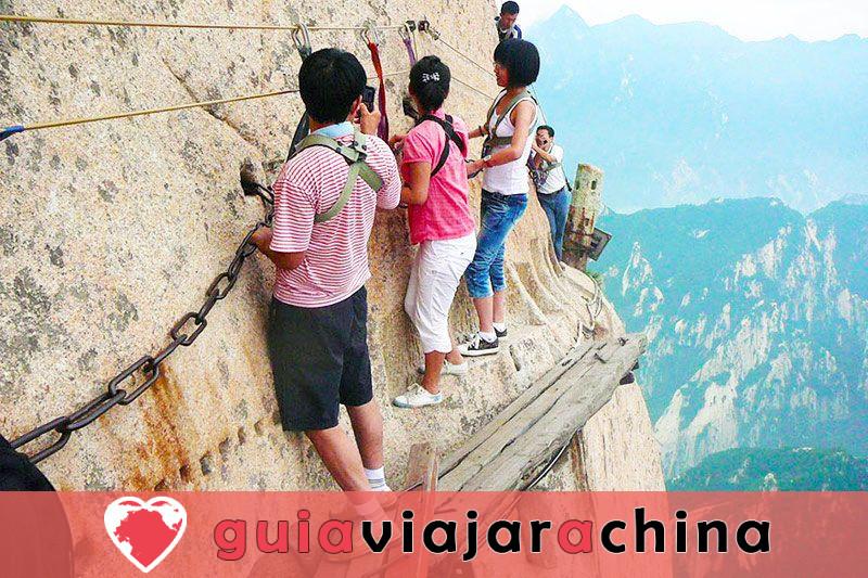 Monte Huashan - Desafía la ruta de senderismo más peligrosa del mundo 6