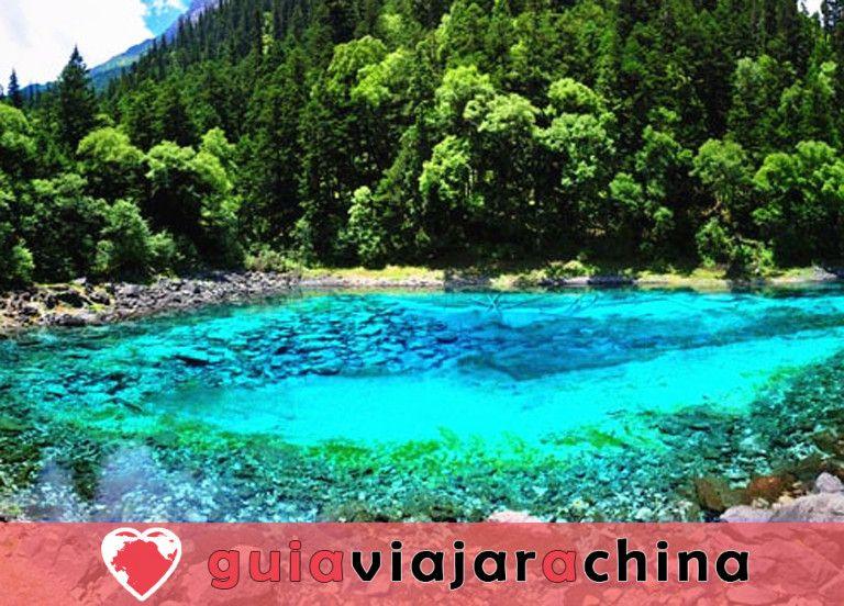 Valle del Jiuzhaigou - los más bellos paisajes acuáticos de China 4