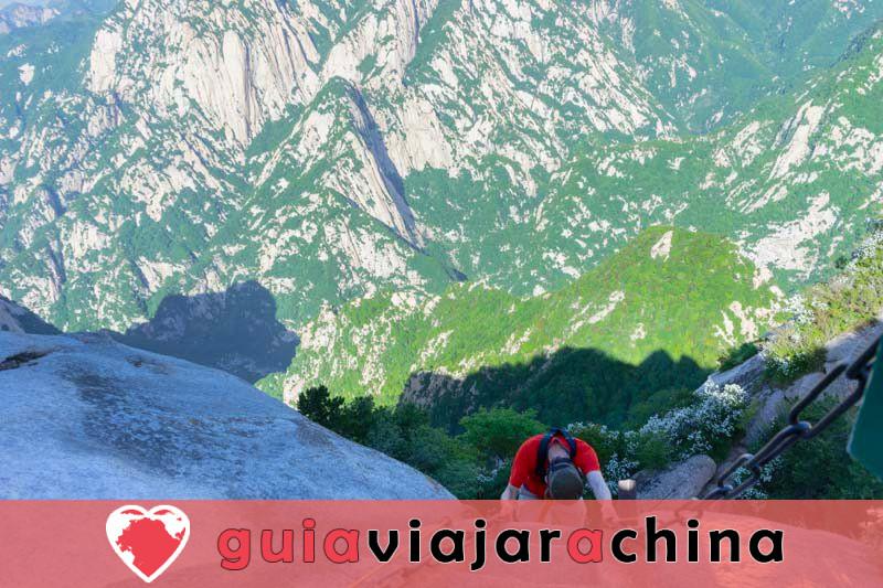 Monte Huashan - Desafía la ruta de senderismo más peligrosa del mundo 13