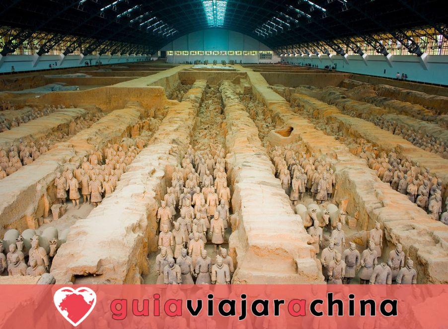 Guerreros y caballos de terracota - Museo de Sitio del Mausoleo del Emperador Qinshihuang 3