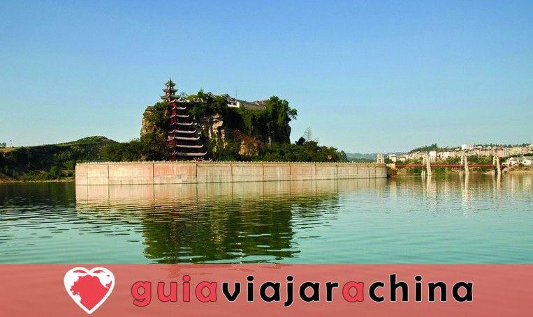 Pagoda Shibaozhai - Perla brillante en el río Yangtsé 2