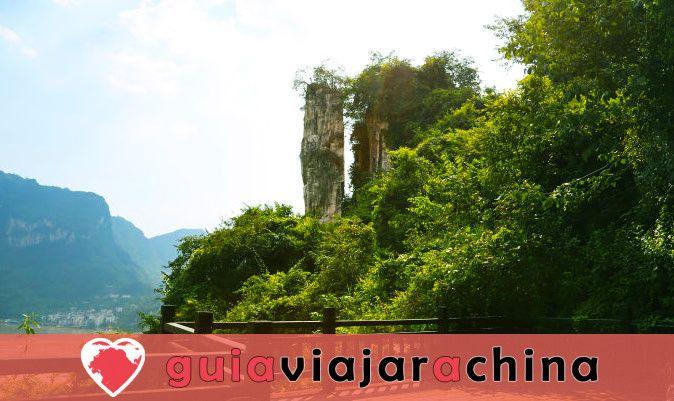 Tribu de las Tres Gargantas - El más bello lugar escénico en Yangtze Three Gorges 6