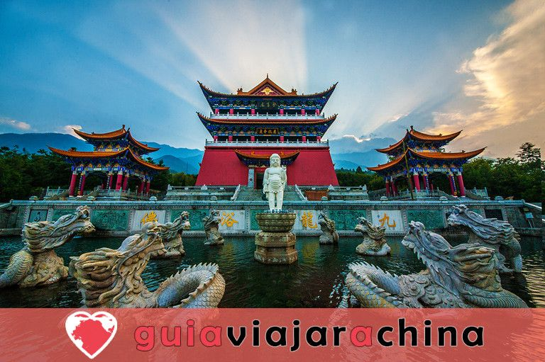 Tres Pagodas y el Templo Chongsheng 4