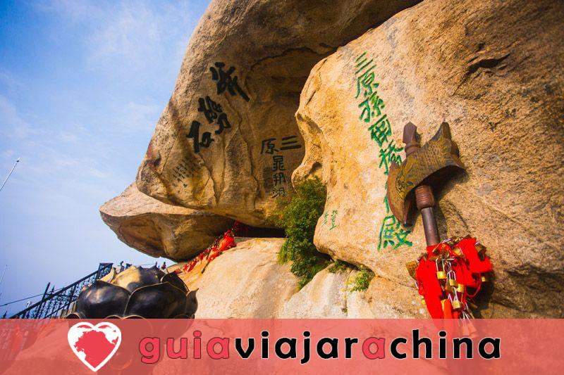 Monte Huashan - Desafía la ruta de senderismo más peligrosa del mundo 3