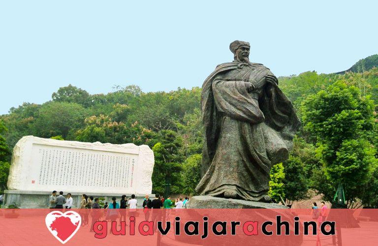 """Ciudad del Emperador Blanco - """"Ciudad de los Poemas"""" en el río Yangtsé 2"""